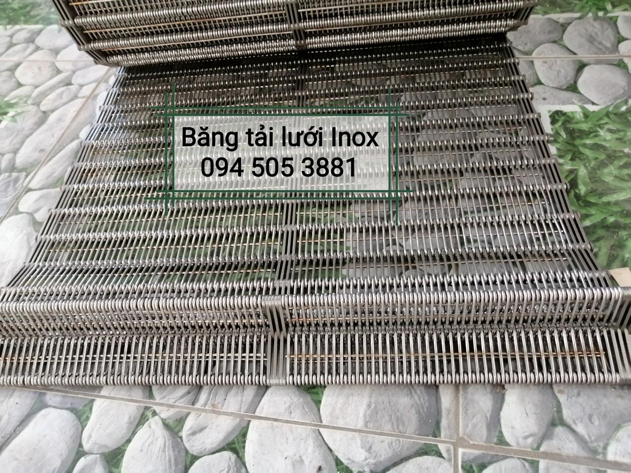 Băng tải lưới inox 304 chịu nhiệt và chịu hóa chất