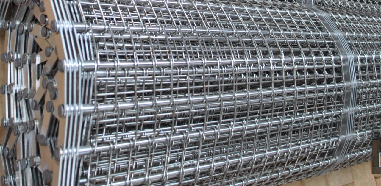 Băng tải xích lưới inox 304 Thiết kế đặt làm theo yêu cầu - Băng Tải vật tư thiên lộc